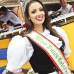20141028-miss-desfile-oktoberfest-02