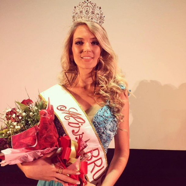MISS BRUSQUE 2017 - MILENA HARLE